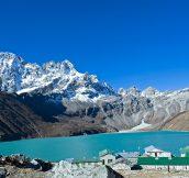 Reasons to take Everest Base camp with Gokyo lake trek